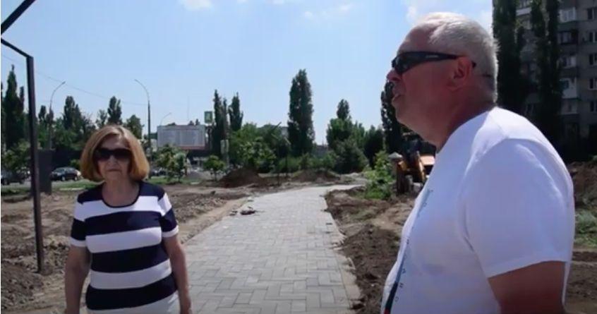 «Некачественные материалы и спиленные деревья», - Исаков и Суслова о реконструкции «сквера Матери»