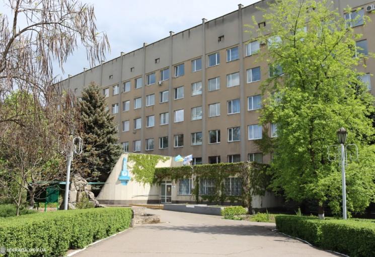 В николаевской горбольнице № 3, открытой для больных COVID-19 три дня назад, скоро закончатся места