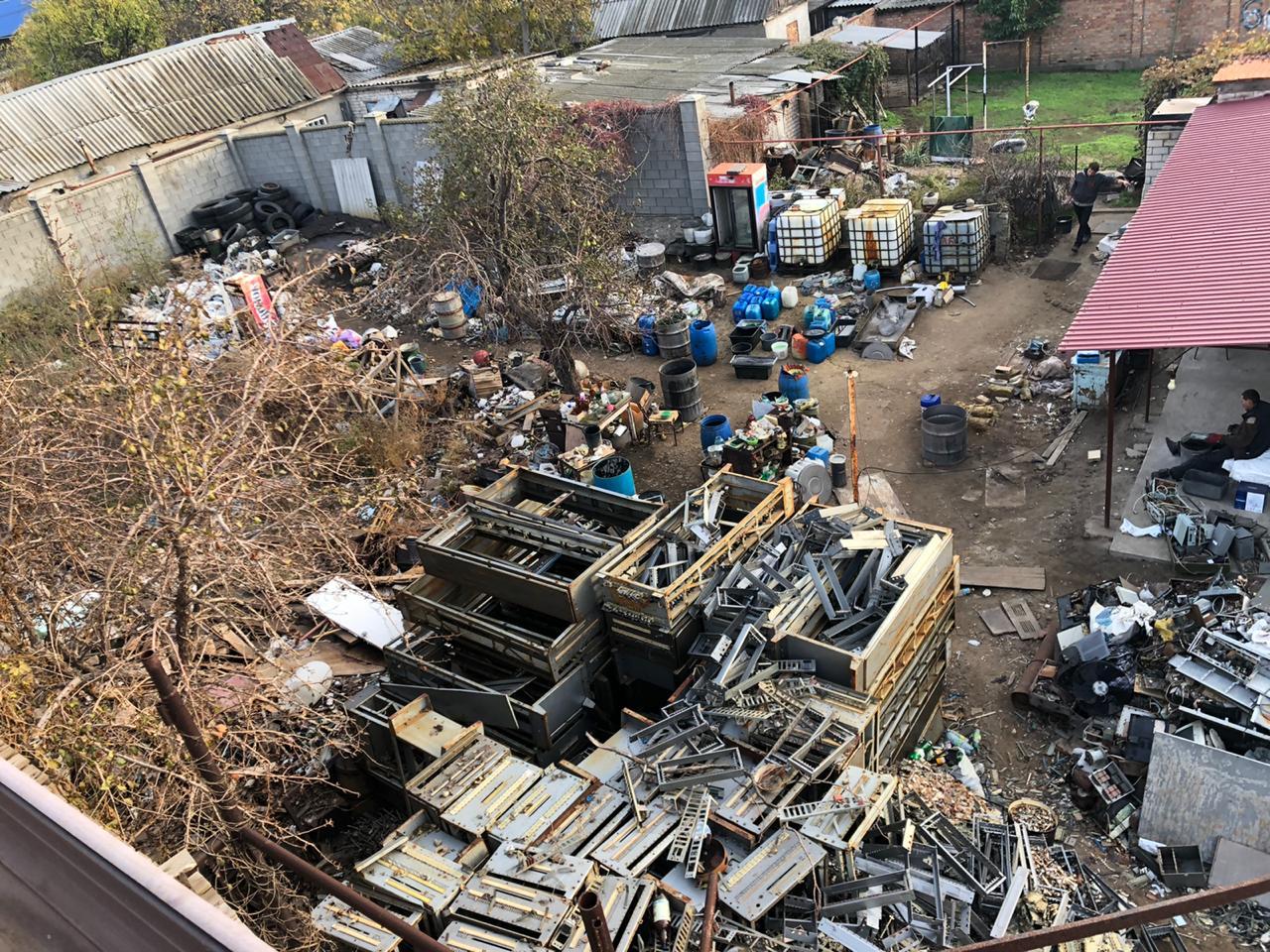 В Корабельном районе «ударными темпами» занимаются очисткой тяжелых металлов от примесей