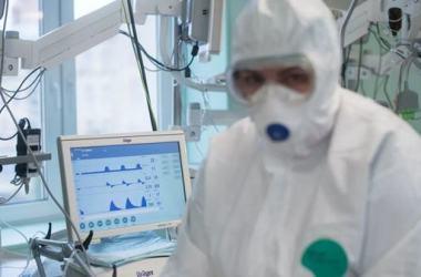 Коронавирус в Украине: за сутки выявили рекордные 16294 новых случая, 184 человека умерли