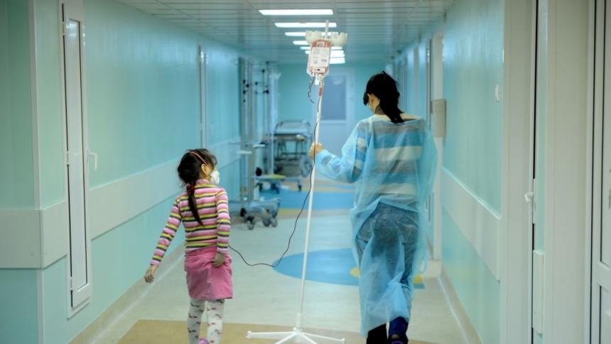 В Николаеве уже год не используют оборудование за 135 млн для лечения больных раком