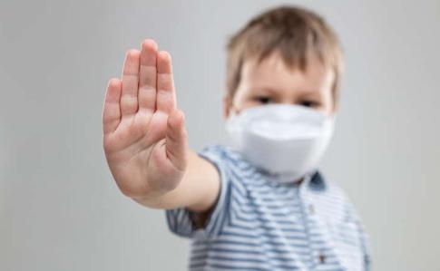 В Украине за сутки COVID-19 заболели более 700 детей