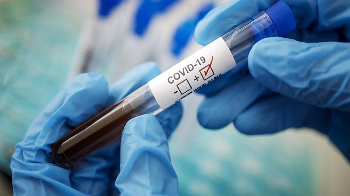 Среди стран Европы Украина остается в 10-ке лидеров по смертности от коронавируса