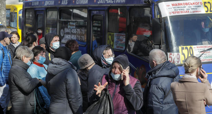 Врач дал прогноз о новой волне COVID-заболеваемости в Украине