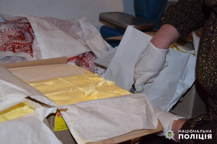 На кухнях в школах и детсадах Николаева масло, сыр и творог сделаны из молока — результаты проверки