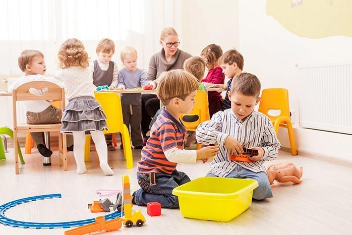 Жительница Николаева заявила, что воспитатель в детсаду сказала ее сыну, что он «будет педиком»