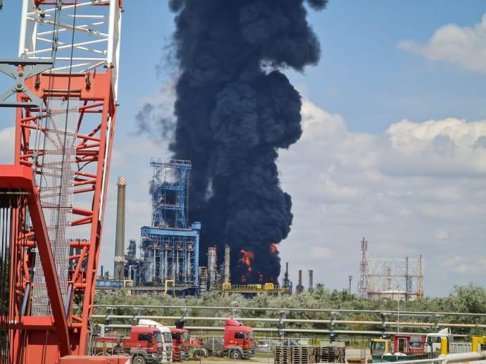 В Румынии произошел взрыв на крупнейшем НПЗ страны