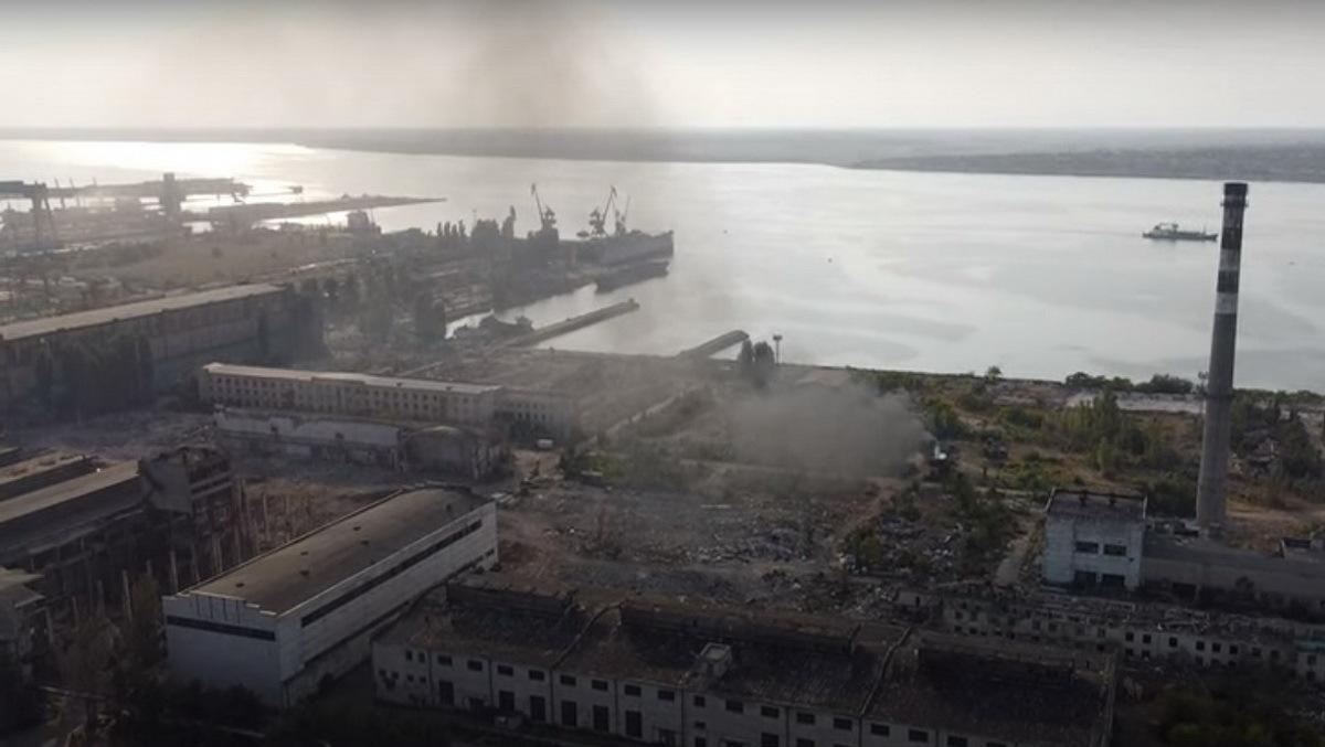 «Мы ничего не сжигаем», — на заводе «Океан» рассказали о случайных пожарах на их территории