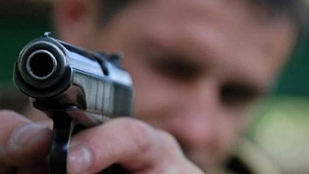 В Николаеве парень выстрелил в девушку из-за ее отказа встречаться