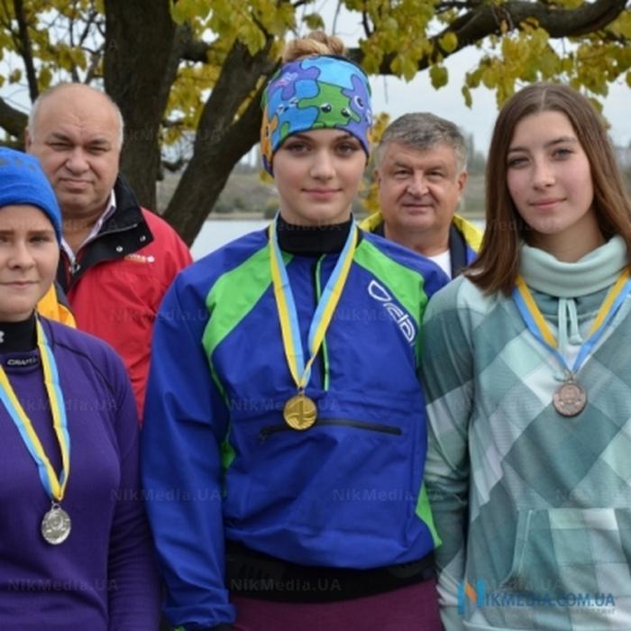 В Николаеве состоялся чемпионат города по гребле на байдарках и каноэ (ФОТО)