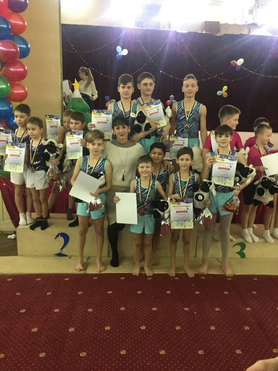 Николаевские акробаты привезли призовые места со Всеукраинского турнира