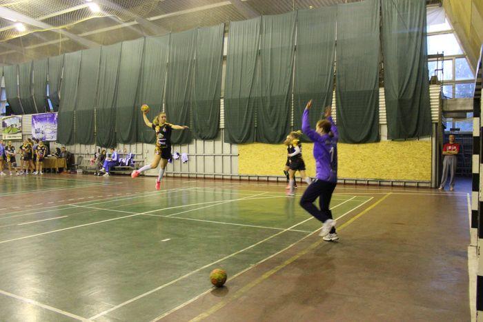 В Николаеве проходит Чемпионат Украины по женскому гандболу