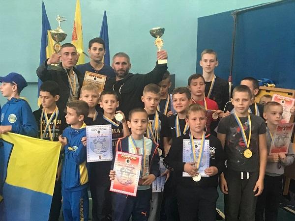 «Конгломерат» привёз в Николаев с Кубка элитных боев по кикбоксингу 22 медали и II командное место