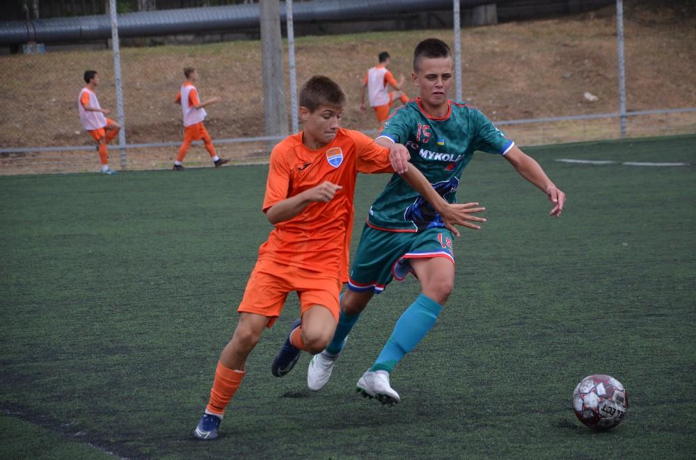 Николаевские команды стартовали в ДЮФЛУ: результаты 1 тура