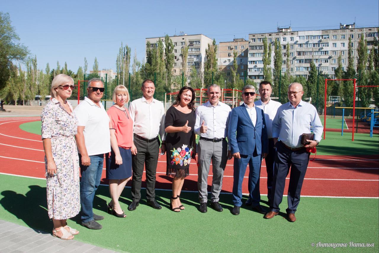 Новий шкільний спортивний майданчик відкрито в Корабельному районі