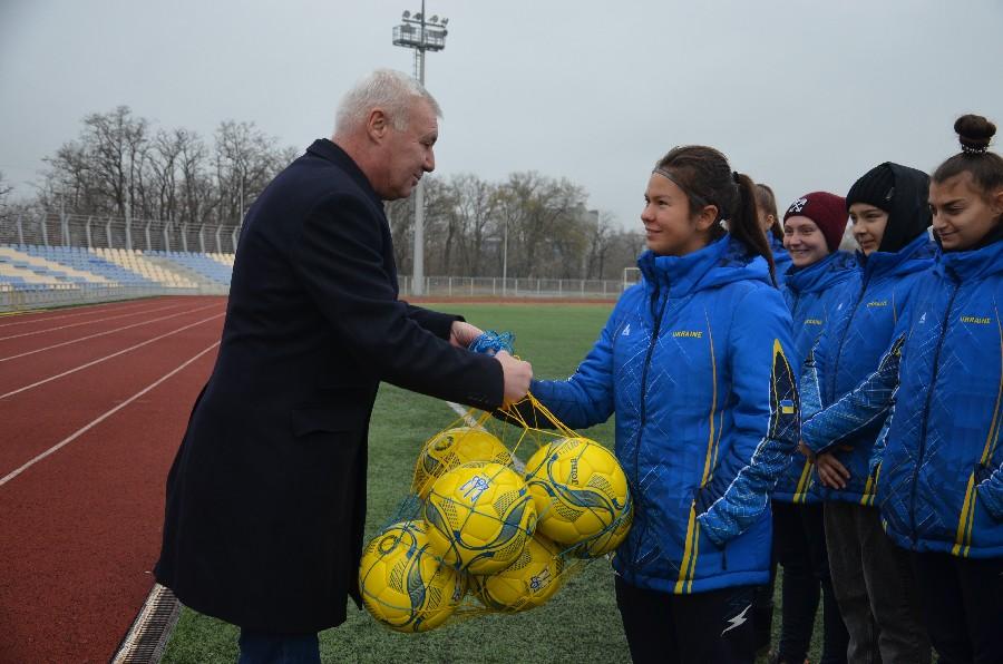 Николаев с рабочим визитом посетил известный футболист и вице-президент УАФ Анатолий Демьяненко