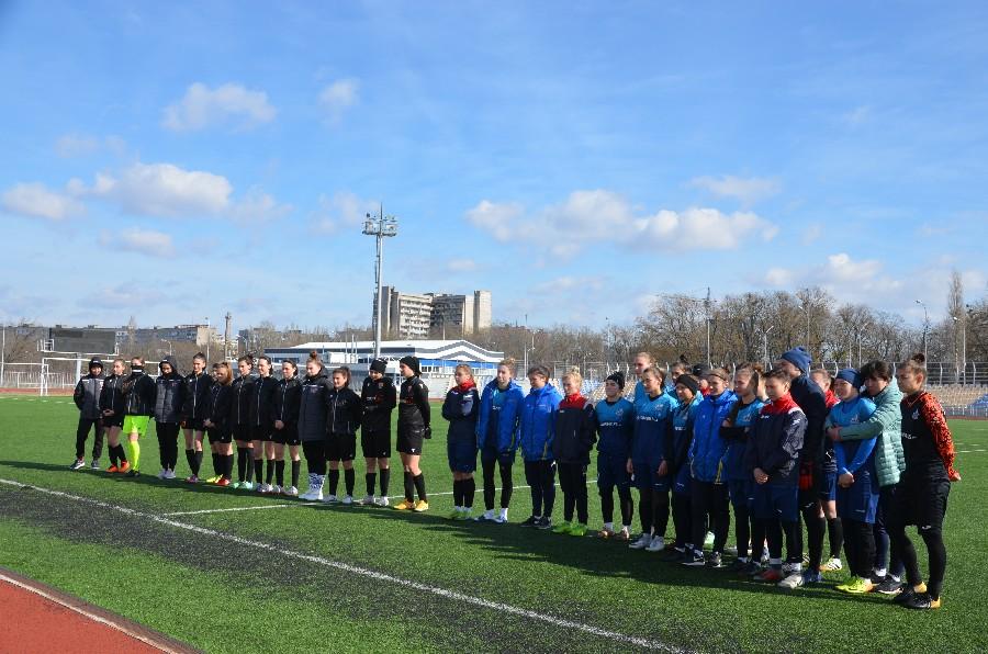 В Николаеве прошел трехдневный турнир по футболу среди женских команд, просвещенный 8 марта